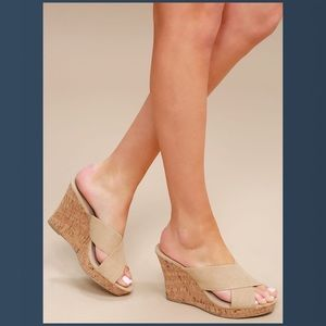 NEW Charles By Charles David Latrice Wedge Mule 9M